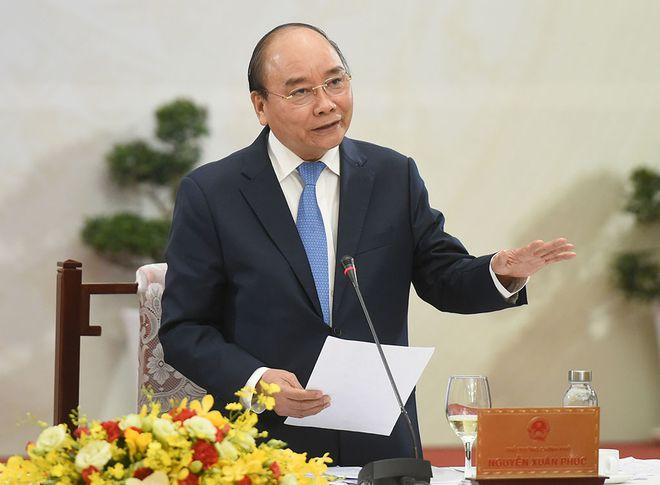Thủ tướng Nguyễn Xuân Phúc phát biểu tại buổi đối thoại.