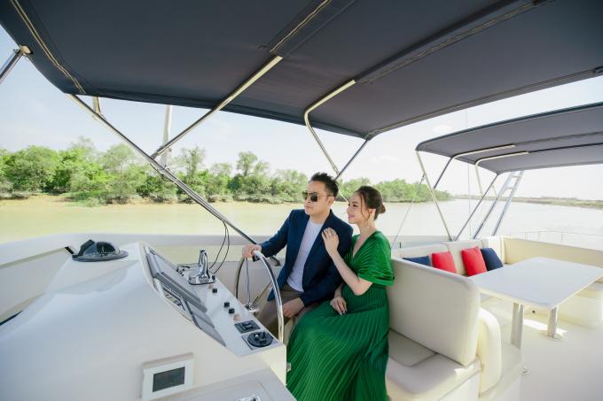 GĐ Victor Vũ và nhiều người nổi tiếng đã lựa chọn đầu tư không gian sống cho gia đình tại Aqua City để tận hưởng cuộc sống mỗi ngày.