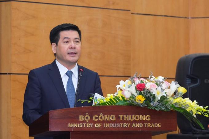 Tân Bộ trưởng Bộ Công Thương Nguyễn Hồng Diên phát biểu tại Hội nghị. (Ảnh: Cổng TTĐT Bộ Công Thương)