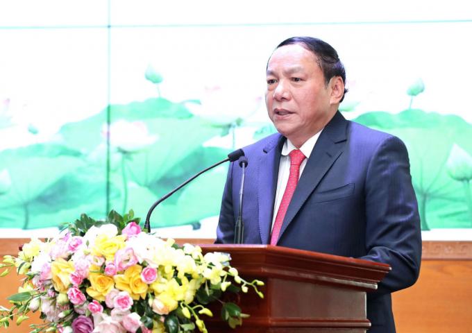 Tân Bộ trưởng Bộ Văn hóa, Thể thao và Du lịch Nguyễn Văn Hùng phát biểu.
