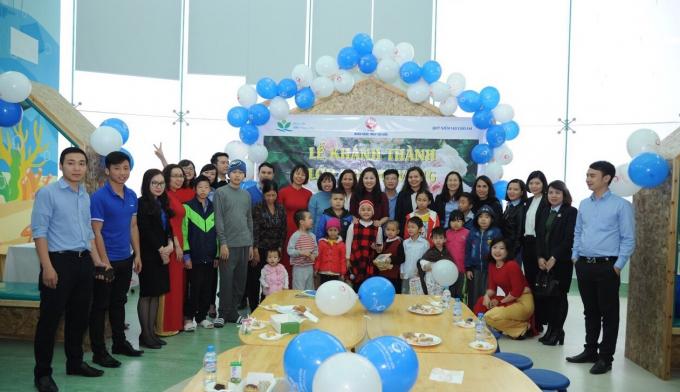Các đại biểu tham dự Lễ khánh thành Lớp học Hy Vọng