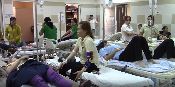 Các công nhân đang điều trị tại bệnh viện.