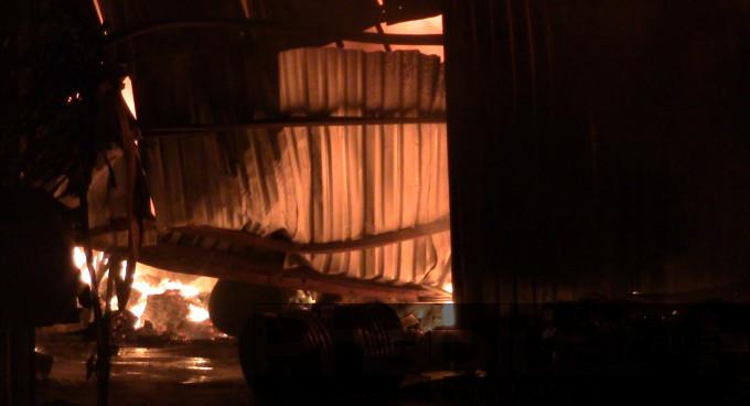 Nguyên nhân và thiệt hại vụ cháy đang được cơ quan chức năng điều tra làm rõ