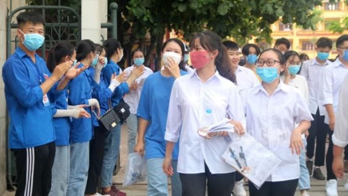 Học sinh lớp 12 tại Bắc Giang.