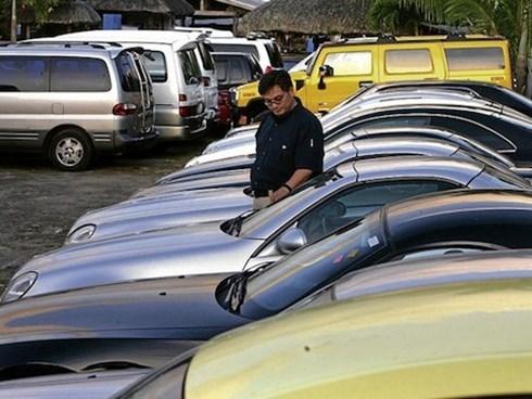 Trước khi thuê xe tự lái, khách hàng nên kiểm tra xe cẩn thận (ảnh minh họa)