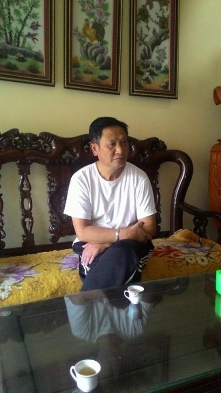 Ông Nguyễn Đình Nhu - nguyên Chủ tịch xã Tân An trao đổi với PV Tiền Phong