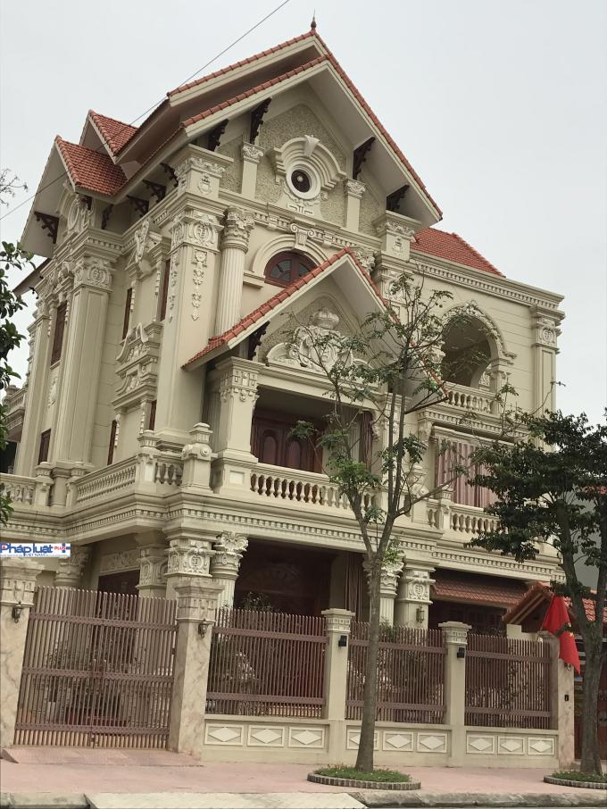 Căn biệt thự nhàcủa một vị lãnh đạo ở tỉnh Hà Nam.