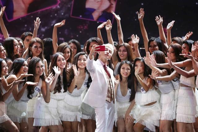 Vòng bán kết Hoa hậu Hoàn vũ Việt Nam diễn ra hôm 4/11 vẫn đang gây nhiều tranh cãi. Ảnh: TL.