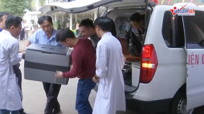 Ê-kíp bác sĩ bệnh viện Chợ Rẫy ra Hà Nội nhận tim hiến tặng