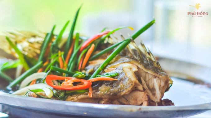 Cá song hấp xì dầu ngon bổ cho bữa cơm gia đình