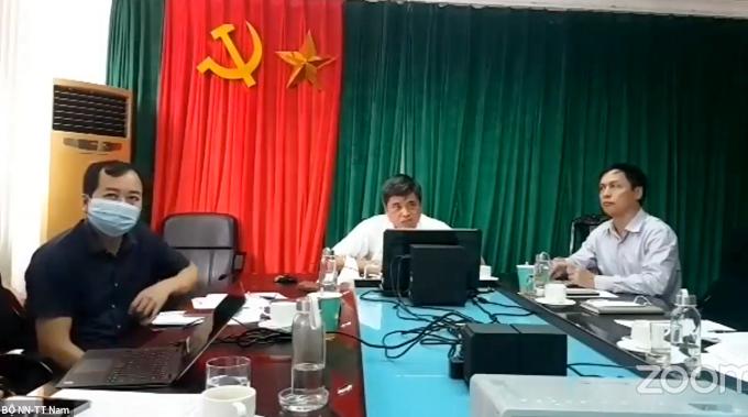 Thứ trưởng Bộ Nông nghiệp và Phát triển nông thôn Trần Thanh Nam phát biểu tại Hội nghị trực tuyến tại điểm cầu Bộ Nông nghiệp và Phát triển nông thôn.