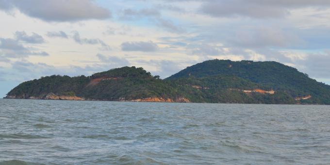 Bến cảng Hòn Khoai (đảo Hòn Khoai) tiềm năng phát triển có điều kiện phụ thuộc vào nhu cầu và năng lực của nhà đầu tư.