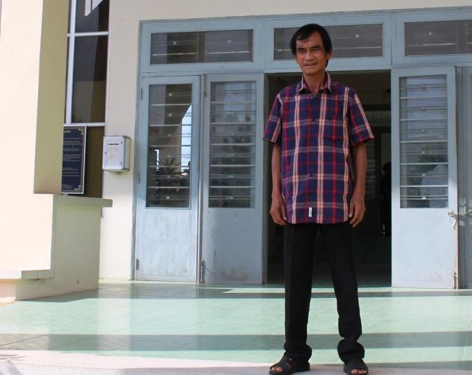 Ông Huỳnh Văn Nén xuất hiện tại phiên tòa.