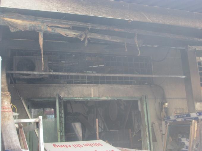 Căn nhà bị cháy rụi