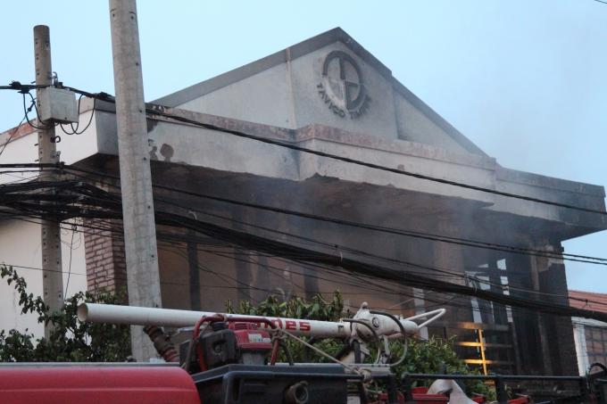 Căn nhà 2 tầng là công ty sản xuất chăn nệm.