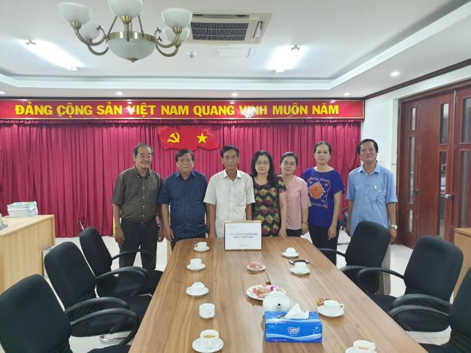 Các cán bộ, nhân viên của Công ty Vepic và các đơn vị trực thuộc3 miền quyên góp, ủng hộ các tỉnh miền Trung.