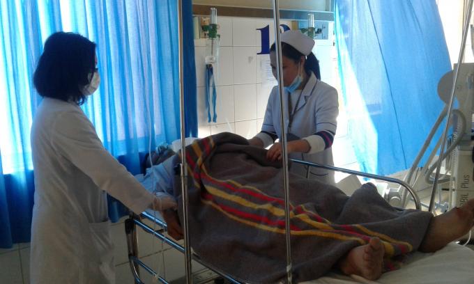Hai nạn nhân bị thương nặng đang được điều trị tại bệnh viện Đa khoa Lâm Đồng.