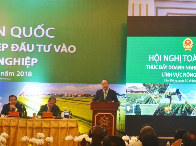 Thủ tướng Nguyễn Xuân Phúc phát biểu kết thúc hội nghị.