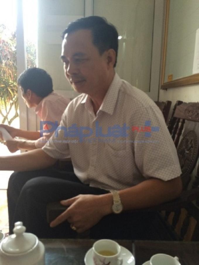 Ông Bùi Tùng Lâm - Bí thư Đảng ủy xã Thụy Trường làm việc với phóng viên.