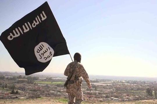 Cờ của nhóm khủng bố IS. (Ảnh: Mirror)