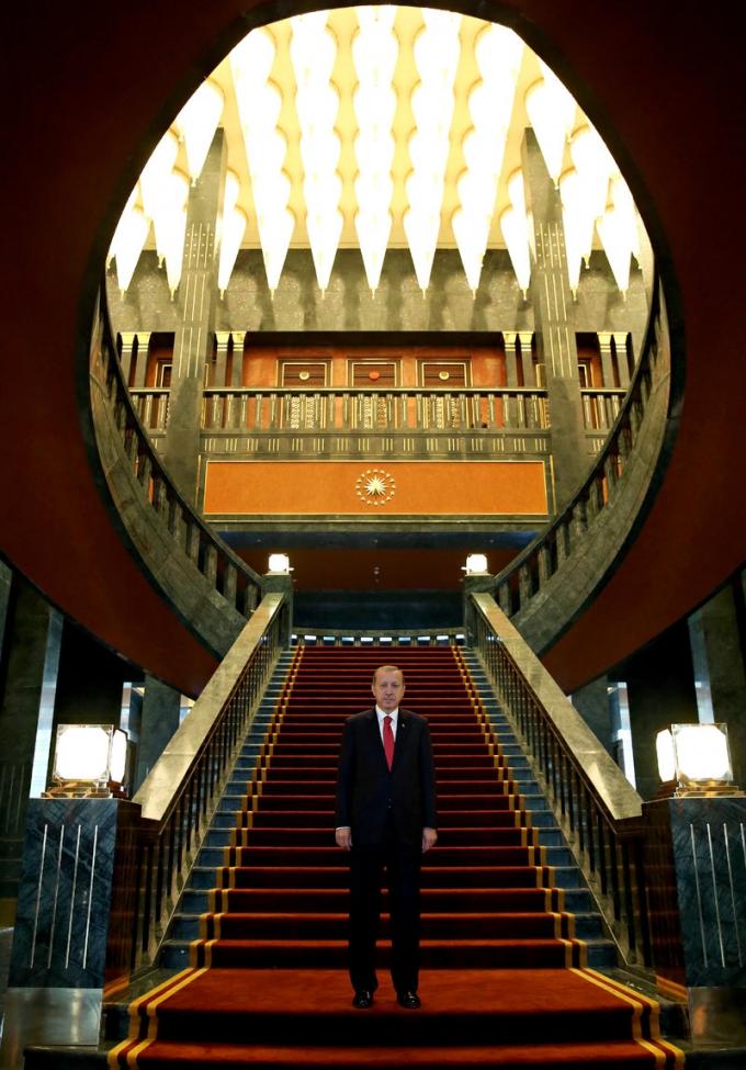Dù trước khi xây dựng, ông Erdogan đã khẳng định sẽ chỉ dùng nguyên liệu trong nước nhưng các hầu hết các nguyên liệu để làm tòa dinh thự được nhập từ nước ngoài. (Ảnh: AP)