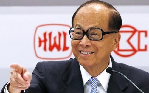 Ông Lý Gia Thành hiện vẫn giữ vững ngôi vị người giàu nhất Hồng Kông. (Ảnh: Bloomberg)