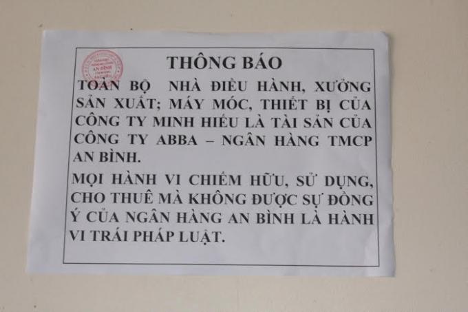 Thông báo màCông ty ABBA - Ngân hàng TMCP An Bình tự tiện dán.