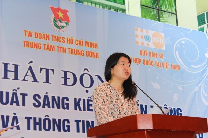 Bà Ritsu, Quyền trưởng Đại diện Quỹ dân số Liên hợp quốc tại Việt Nam.