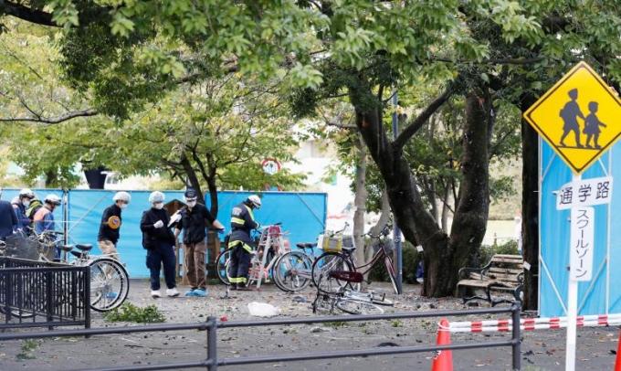 Được biết, thời điểm các vụ nổ diễn ra có một lễ hội truyền thống đang được tổ chức gần đó.Hiện nguyên nhân vụ nổ đang được điều tra làm rõ. (Ảnh: Reuters)