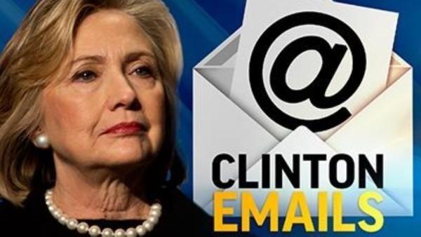 Bà Clinton tiếp tục gặp khó khăn sau khi FBI công bố tái điều tra về bê bối email. (Ảnh: Newtalkflorida)