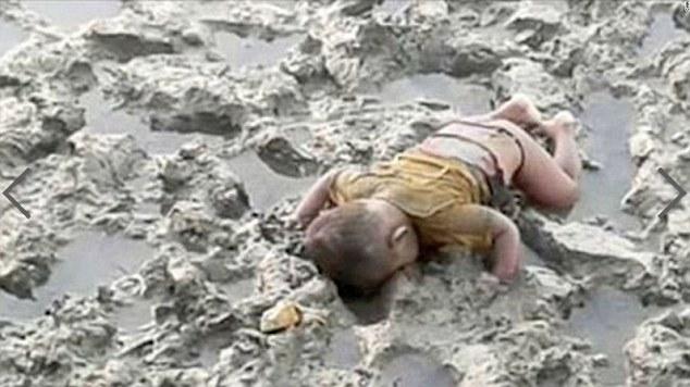 Cái chết thương tâm của em bé Myanmar 16 tháng tuổi như một hồi chuông cảnh báo về nạn diệt chủng của tộc người Hồi giáo Rohingya .