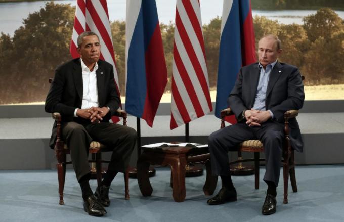 Việc Nga cho phép cựu nhân viên tình báo Mỹ Snowden tị nạn và Nga sáp nhập bán đảo Crimea đã đẩy quan hệ Mỹ - Nga dưới thời Obama – Putin thấp tới mức kỷ lục kể từ sau khi Liên Xô tan rã năm 1991.