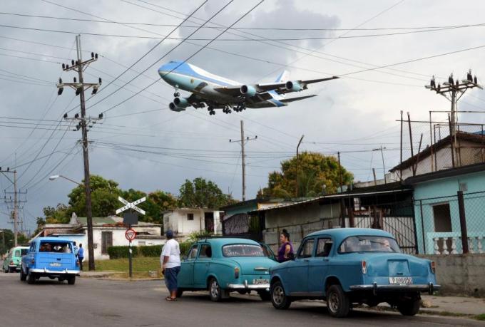 Chuyến thăm lịch sử của Tổng thống Obama đến Cuba sẽ được người Mỹ nhớ đến như chuyến công du Trung Quốc của Tổng thống Richard Nixon. Chuyến thăm là một phần trong những nỗ lực của chính quyền Tổng thống Obama nhằm cải thiện quan hệ của Mỹ với các nước Mỹ Latinh.