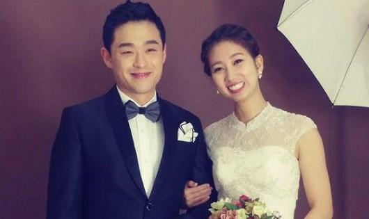 Ảnh cưới của vợ chồng Tom - Hằng.