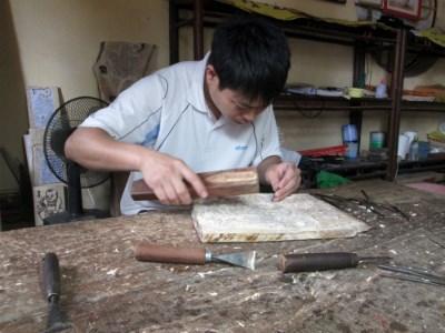 Người con trai đầu của ông Nguyên Đăng Chế đã theo nghiệp cha từ nhỏ.