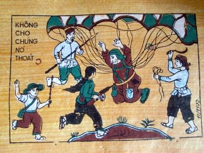 Bức tranh này được vẽ trên giấy điệp với các màu sắc được làm từ nguyên liệu thiên nhiên.