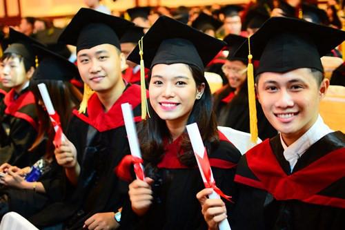 Kể từ ngày 4/7/2017, việc kiểm định chất lượng cơ sở giáo dục đại học được áp dụng theo bộ tiêu chuẩn đánh giá chất lượng thống nhất gồm 25 tiêu chuẩn. (Ảnh: Giáo dục và Thời đại)