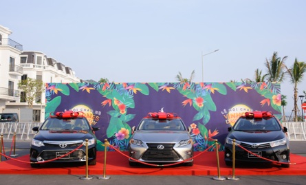Dàn xe sang đã có mặt tại thành phố Hạ Long để chờ chủ nhân may mắn.