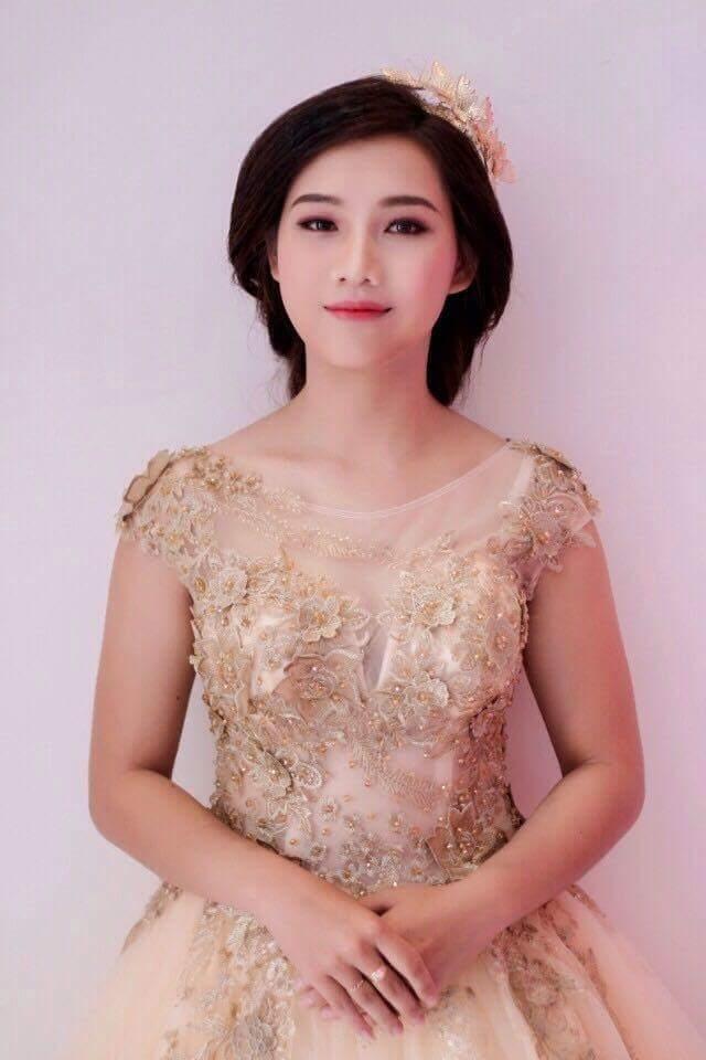 Thí sinh Huỳnh Thị Kim Thoa, chiều cao 1m58, số đo 83-64-90