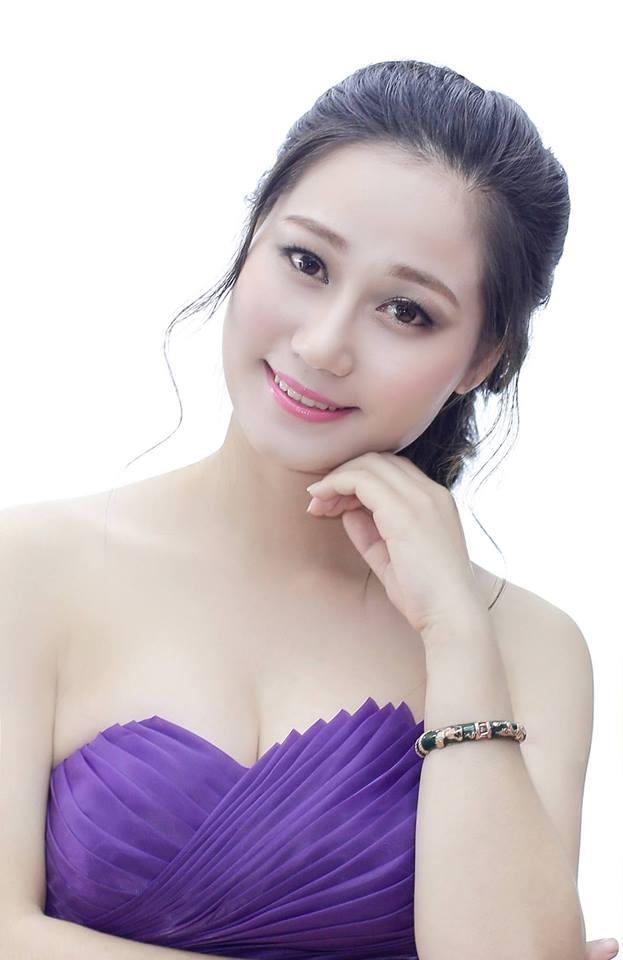 Thí sinh Trần Thị Thùy Linh, với chiều cao 1m62,số đo 3 vòng: 87-62-88