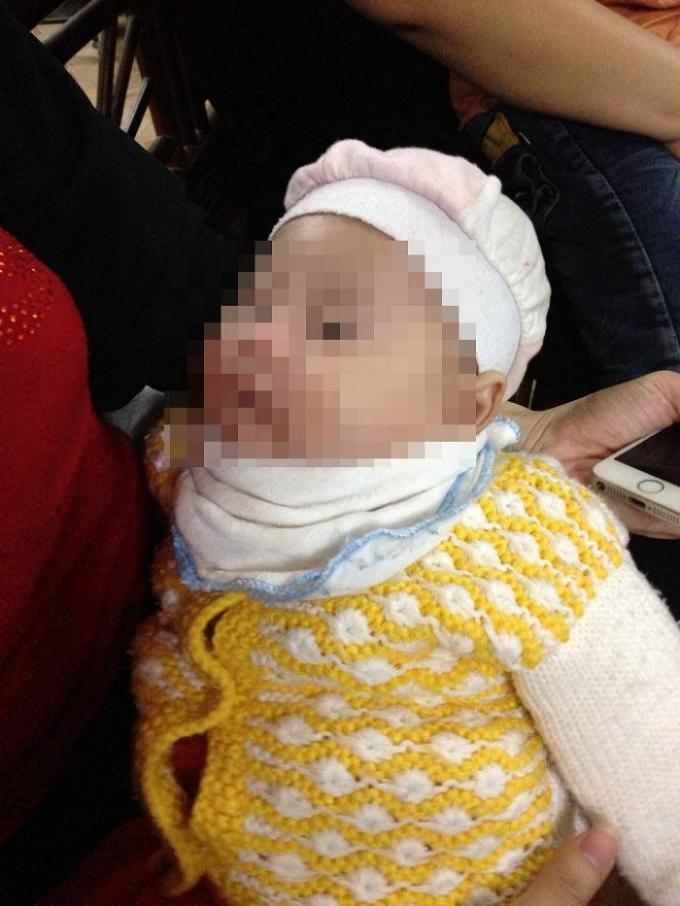 Cháu bé được trở về với người thân sau hai giờ bị bắt cóc.