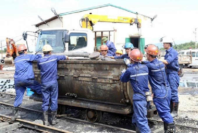 Cú va chạm với xe goòng khá mạnh đã khiến công nhân Nguyễn Lâm Tùng tử vong (Ảnh minh họa).