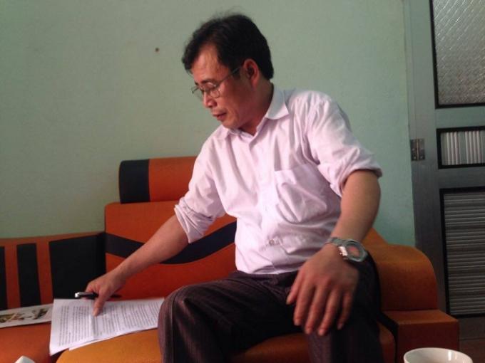 Ông Trần Văn Học, trao đổi với phóng viên về sự việc.