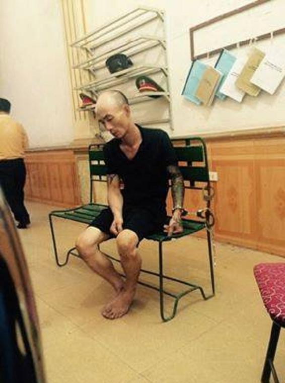 Hung thủ Nguyễn Thanh Tùng tại cơ quan Công an.
