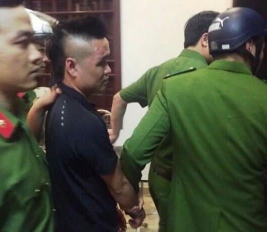 Đối tượng giang hồ 9X Phạm Văn Tùng bị bắt giữ sau khi đâm chết người trong đám cưới (ảnh: Công an Nam Định).