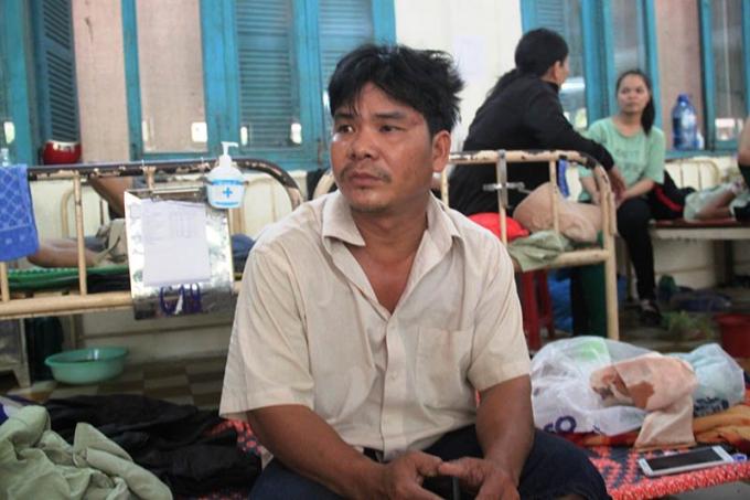 Anh Bùi Ngọc Bình đến can ngăn cũng bị đánh gây thương tích nặng.
