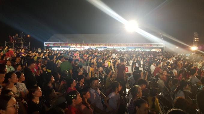 Hàng nghìn người có mặt tại sự kiện quan trọng của huyện Tiên Yên nói riêng và tỉnh Quảng Ninh nói chung.