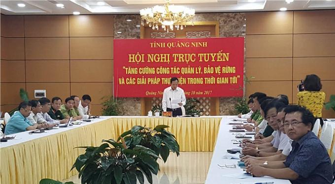 Đầu cầu Quảng Ninh, đồng chí Đặng Huy Hậu chủ trì Hội nghị với sự tham gia của các lãnh đạo sở ban ngành.