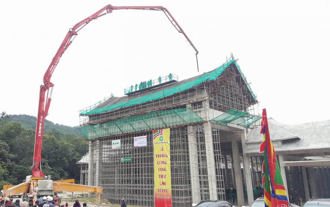 Cung Trúc Lâm được thiết kế mô phỏng kiến trúc Tháp Tổ Yên Tử.