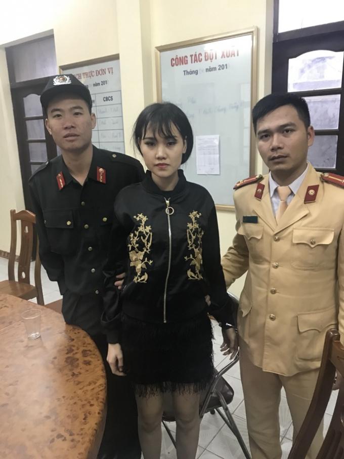 Nguyễn Hồng Diễm tại cơ quan chức năng.